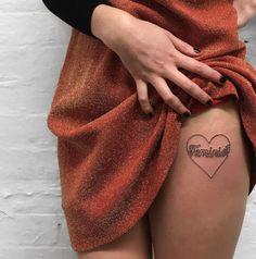Este dulce corazón en torno a esa formidable palabra: | 24 tatuajes feministas que vas a querer hacerte ahora mismo