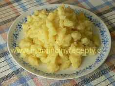 Halušky z brambor Czech Recipes, Ethnic Recipes, Food 52, Mashed Potatoes, Macaroni And Cheese, Side Dishes, Czech Republic, Videos, Recipes