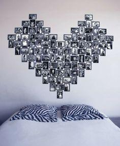 fotos familiares, precioso collage en la pared en la forma de corazón fotos de tamaño pequeño en blanco y negro con marcos negros