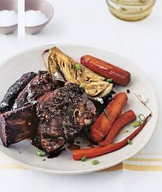 Slow-Cooker Asian Short Ribs | RealSimple.com