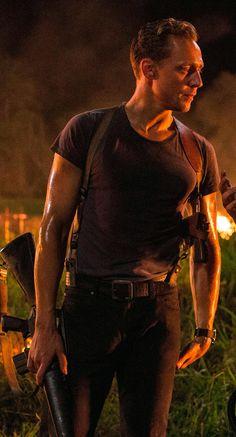 Tom Hiddleston as Captain James Conrad in Kong: Skull Island. (Photo source: https://i.imgbox.com/Tzo997LA.png Via Torrilla)