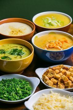 Conhea 8 receitas de sopas gourmet para aquecer o inverno Veggie Recipes, Soup Recipes, Cooking Recipes, Healthy Recipes, I Love Food, Good Food, Yummy Food, Confort Food, Salty Foods
