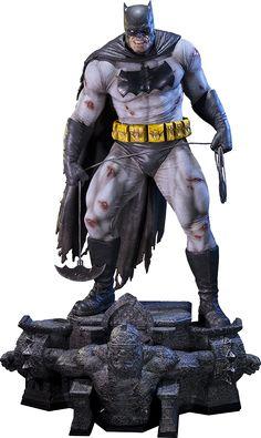 DC Comics The Dark Knight Returns Batman Statue by Prime 1 S Batman The Dark Knight, Im Batman, Batman Art, Superman, Batman Figura, Comic Books Art, Comic Art, Statues, Batman Kunst
