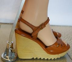 Vintage 1970's Women's IcOniC CHEROKEE Brown by ElectricLadyland1, $84.99