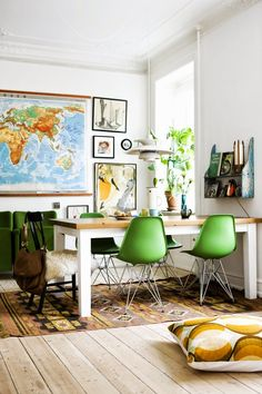 Easy but impactful spring decorating updates styling mette helena rasmussen e foto tia borgsmidt map for game room solutioingenieria Gallery
