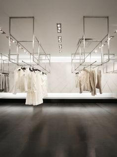 鈾?very clean looking retail store display design