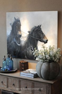 *Unframed and very beautiful on the wall.  (Schilderij & Wandtafel)