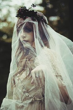 misspandora.fr - Louise Ebel - Ghost-2 2 by ebellouise, via Flickr
