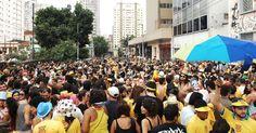 São Paulo, uma das maiores metrópoles do mundo também festeja o carnaval.Além dos desfiles das escolas no Sambódromo do Anhembi, a cidade oferece aos seus visitantes várias opções de desfiles de blocos de rua. Confira a programação!