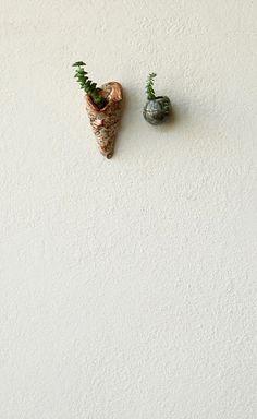 little wall pots