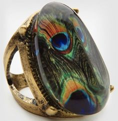 Peacock Ring. In love with this!...