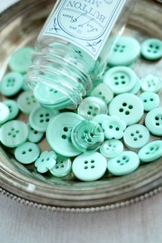 tiffany blue buttons