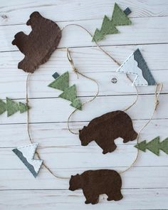 Swamp of corruption Forest mountain garland (mountain wall decoration made of felt bear) Children& room . Hello, I have prepared a pin Great swamp of corruption Forest mountain garland (mountain wall decor Woodland Theme, Woodland Nursery Decor, Baby Boy Rooms, Baby Boy Nurseries, Neutral Nurseries, Nursery Neutral, Felt Diy, Felt Crafts, Felt Tree
