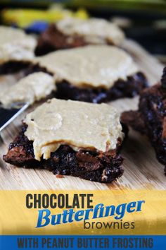 Chewy, fudgy, butterfingery, peanutbuttery -  These are my FAVORITE BROWNIE EVER! Definitely a crowd pleaser! | Carlsbad Cravings