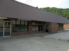 Our Hazard Clinic:  1710 N. Main Street, Hazard, KY 41701 (800)852-0171