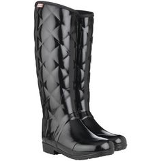 Hunter boots blurs the line between haute couture and authentic practicality with these black patent Wellies with a quilted upper #shoes #boots #hunterboots #wellingtonboots #wellies #blackboots #quilted #fashion #autumn #winter