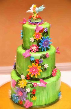 Tinkerbell cake - pretty colors & flowers...