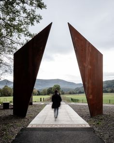 Reiulf Ramstad Arkitekter has completed Chemin des Carrières, a set of Corten steel structures along the former Rosheim-St Nabor railway in Rosheim, France. Landscape Structure, Landscape Architecture, Landscape Design, Monumental Architecture, Urban Landscape, Contemporary Architecture, Amazing Architecture, Architecture Details, Auer Weber