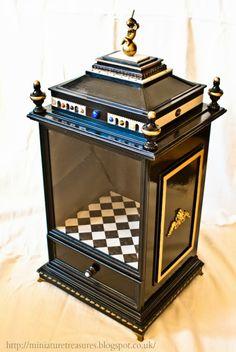 Miniature Treasures: Room Box Progress.