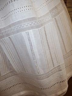 Detalle falda de enagua