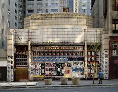 Horn & Hardart's Automat at 6th avenue and 57th street in the 1980s. Image via Flickr by Carl Burton