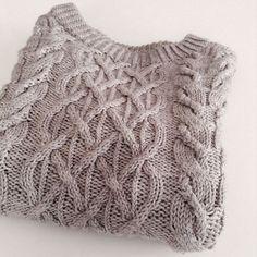Ravelry: MissMaria's gossamer beatnik - free knitting pattern