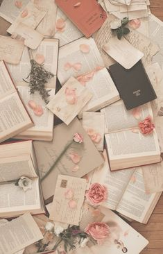 Liebesbriefe Sommer Sale - Books and bookish things - makeup Book Aesthetic, Flower Aesthetic, Aesthetic Vintage, Aesthetic Pictures, Red Aesthetic, Aesthetic Grunge, Aesthetic Anime, Aesthetic Clothes, Aesthetic Pastel Wallpaper