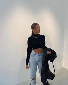 simple but stylish outfit February 12 2020 at fashion-inspo Mode Outfits, Stylish Outfits, Girl Outfits, Summer Outfits, Fashion Outfits, Beach Outfits, Fashion Clothes, Fashion Ideas, Fashion Tips