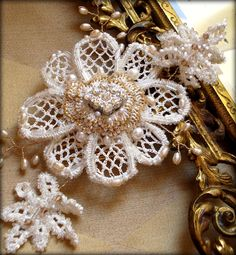 Edera Jewelry: Romantic Handmade Lace Designs: Scenes from the Studio. Wedding Hair Pins, Headpiece Wedding, Bridal Headpieces, Wedding Stuff, Bridal Hair Ornaments, Lace Design, Bridal Hair Accessories, Couture, Bridal Lace