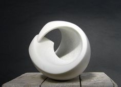 Carrara marble Abstract Loop sculpture / statue / statuette sculpture by artist Lotte Thuenker titled: 'Kapriole IV (abstract Contemporary minimalist stone Indoor statuettes)'