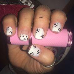 """Mi piace"": 25, commenti: 3 - Debora (@stabilmente_instabile) su Instagram: ""#nail #nails #nailart #nailsart #gel #glitter #gelnails #gelnailart #whitenails #cat #catnails…"""