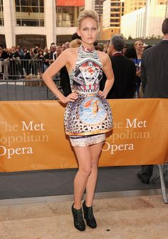 Pin for Later: Hail Mary! The Celebrities Who're Crazy For Katrantzou  Leelee Sobieski was dramatic in the original Mary Katrantzou lantern dress at the 2011 MET opening night.