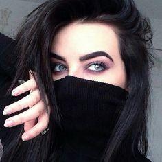 girl, eyes, and black image Lovely Girl Image, Beautiful Girl Photo, Cute Girl Photo, Gorgeous Eyes, Pretty Eyes, Cute Girl Poses, Girl Photo Poses, Girl Photography Poses, Eye Photography