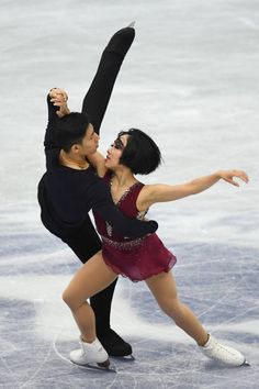Wenjing Sui and Cong Han of China compete in the Pairs shrot program during the ISU Grand Prix of Figure Skating at on November 10 2017 in Osaka Japan