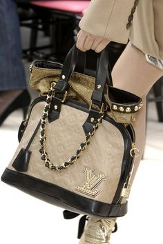 0c2062232b9 Louis Vuitton Designer Purses And Handbags, Vuitton Bag, Louis Vuitton  Handbags, Duffle Bags