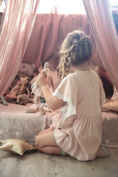 Vivi&Olis room ( new desks photos&movie) | Vivi & Oli-Baby Fashion…