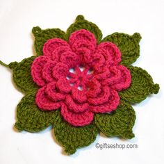 This pattern for beautiful crochet leaf You can use for creating with crochet flower or like irish crochet motif. This crochet leaves quick to make and can be put to all sorts of pretty uses. Crochet Puff Flower, Crochet Daisy, Crochet Flower Patterns, Doily Patterns, Flower Applique, Crochet Flowers, Easy Crochet, Crochet Crafts, Crochet Projects