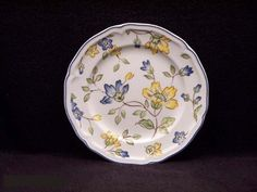 Villeroy & Boch Toscana 8-1/4-Inch Salad Plate by Villeroy & Boch. $28.49. Blue white and yellow. Material: porcelain. Dinnerware. Microwave and Dishwasher safe. Fresh, spring-like colors are featured in the new Villeroy & Boch collection, Toscana.  Four different patterns co-ordinate in solid colors of blue and yellow and flowers on the border or an all over pattern to make a delightful tablesetting.