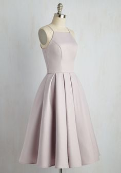 Beloved and Beyond Midi Dress in Lilac. In this gorgeous pale purple fit and flare by Chi Chi London, you prove that the most magnificent statement is sticking to the sweetest classics. Grad Dresses Short, Hoco Dresses, Homecoming Dresses, Bridesmaid Dresses, Simple Dresses, Pretty Dresses, Casual Dresses, Vestidos Fashion, Retro Vintage Dresses