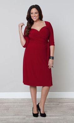 This flattering full functional wrap dress is a classic silhouette with a fanatstic sweetheart neckline.