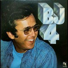 Bob James Tappan Zee from BJ4  サンプルネタとして有名過ぎる1曲ですオリジナルも普通にいい曲です  使用曲としては個人的にブラのイメージが強すぎる感じで残ってますそんなにたくさん聞いたつもりも無いんですけど; #bobjames #tappanzee #bj4 #fusion #sampling #sample