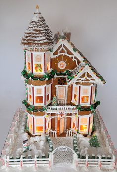 Editors' Picks: 99 Amazingly Crafted Gingerbread Houses - This Old House Gingerbread Village, Christmas Gingerbread House, Noel Christmas, Gingerbread Man, Christmas Treats, Christmas Cookies, Christmas Decorations, Candy House, Cookie House