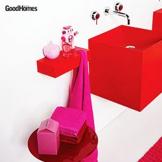 Geometric accessories are an interesting way of doing up your vanity area.