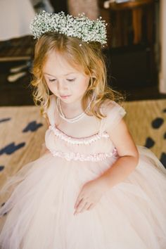 Flower Girl with Babys Breath Crown | photography by http://anastasiiaphotography.com