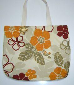 https://flic.kr/p/9Q4Eqt | Ecobag chic | em tecido acquablock, forrada, com bolso interno.