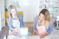 i know there is a cake, but lauren conrad's hair!!! OMG love it  ^^