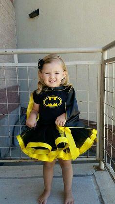 Batman/Batgirl inspired outfit/Batman by LYMChildrensCreation Batman Costume For Girls, Batgirl Halloween Costume, Batgirl Party, Batman Party, Toddler Halloween Costumes, Superhero Party, Children Costumes, Halloween Halloween, Vintage Halloween