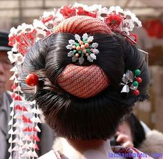 Traditional Japanese hairstyles.