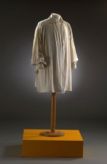 Man's white linen undershirt with long sleeves, 1798-1802