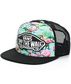 Standout from the flock with the style of this flamingo print trucker hat that features contrast black mesh panels, bill and a Vans Off The Wall logo patch at the front.